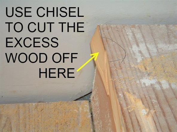 install-laminate-flooring-stairs.3