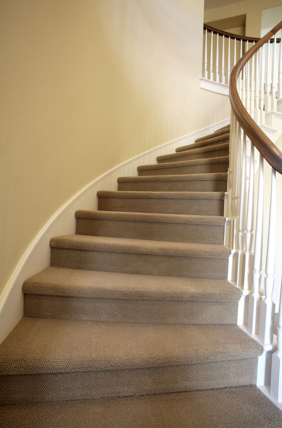 Merveilleux How To Carpet Stairs